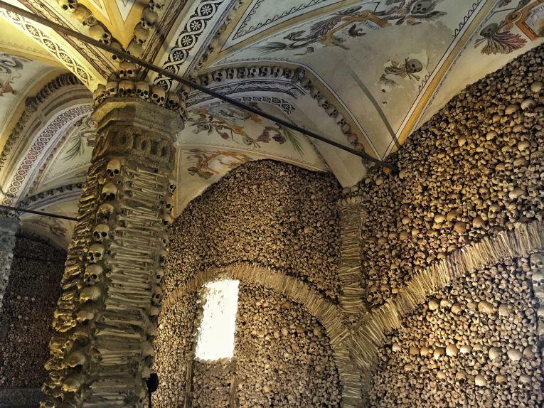 Capela ds Ossos